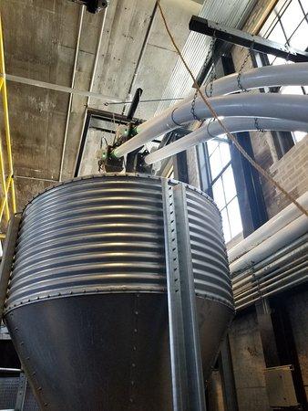 Three Oaks, Мичиган: Journeyman Distillery