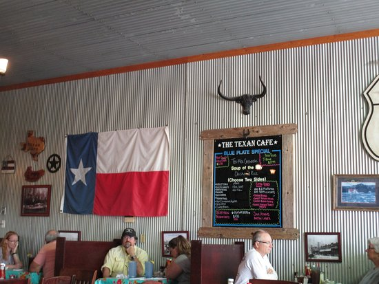 Hutto, TX: More interior.