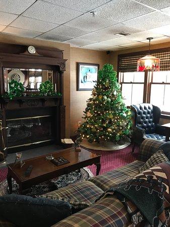 Inn at Ellis River : Pub
