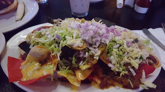 Willowbrook, IL: Mile High Nachos