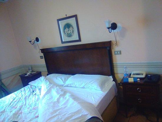 Il Panciolle: letto matrimoniale nella camera