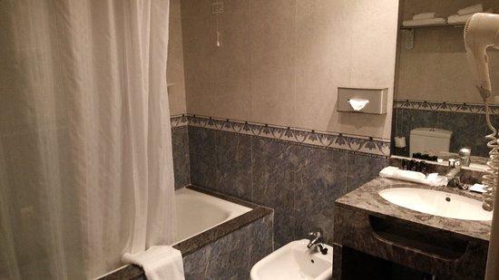 Sunway Playa Golf Hotel & Spa: Cocina, baño, sauna, terraza !!!