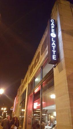 Cafe Latte : outside