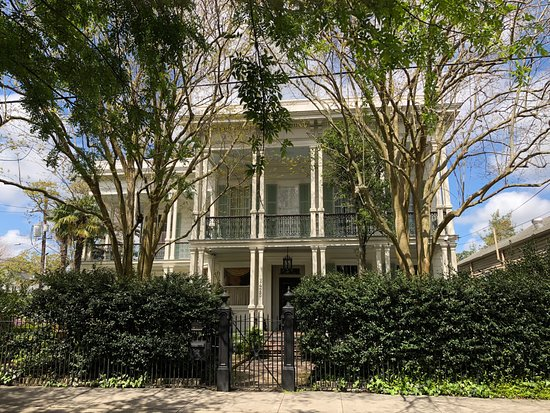 Garden District: One of the stops on the Atlantis audio tour
