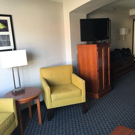 La Quinta Inn & Suites San Antonio Airport: photo1.jpg