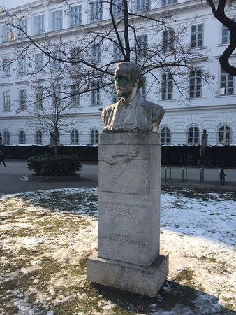 Denkmal Siegfried Marcus
