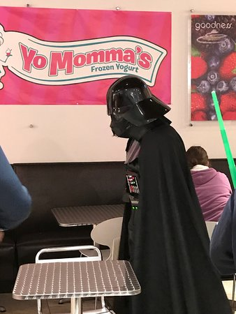 Voorhees, NJ: Character Visit - Darth Vader