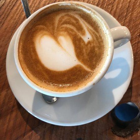 Refuge Coffee: photo1.jpg