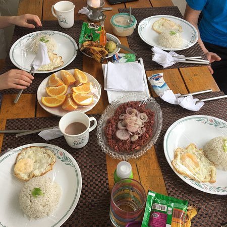 Masbate Island, Fülöp-szigetek: The wonderful staff and delicious food