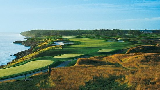 Wallace, Kanada: Golf course
