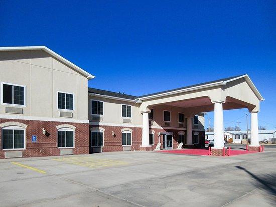 Clayton, NM: Exterior