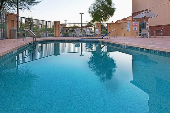 Holiday Inn Hotel Suites Goodyear West Phoenix Area Pool