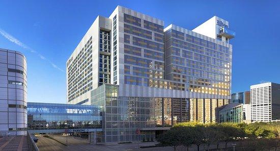 Hilton Americas - Houston: Exterior