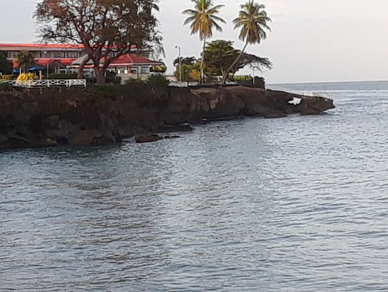 Crown Point Beach Hotel Foto
