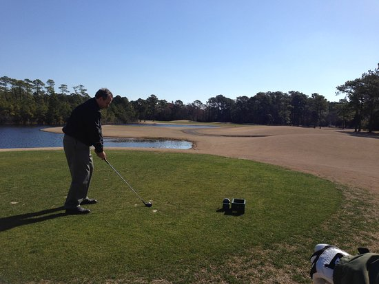 Sneads Ferry, NC: 9th hole - the second body of water is what you need to clear