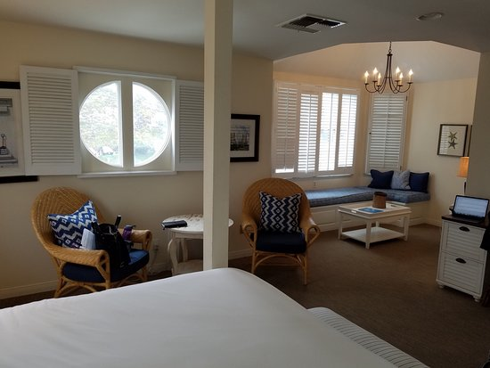 Inn at Playa Del Rey: Love that bay window!