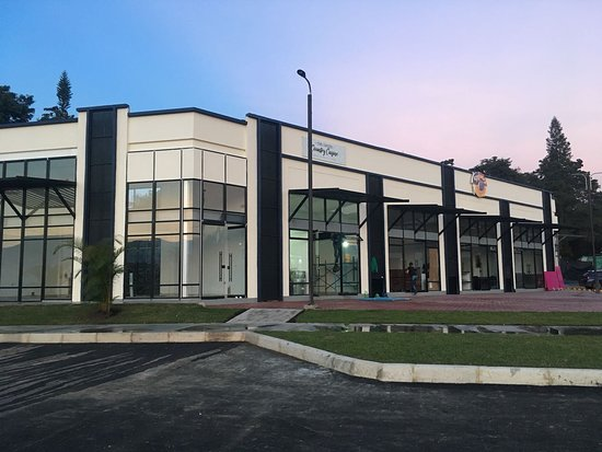 Centro Comercial La Querencia