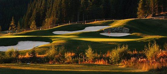 Sun Peaks Grand Hotel & Conference Centre : Golf course
