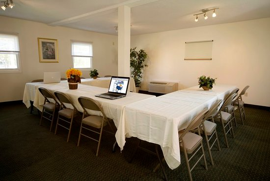 Americas Best Value Inn : Meeting room