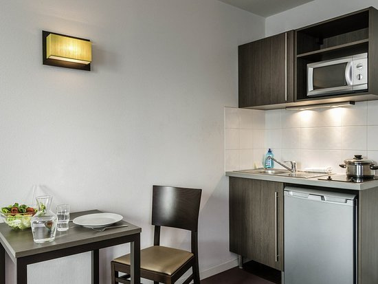 Adagio Access Nogent-Sur-Marne : Guest room