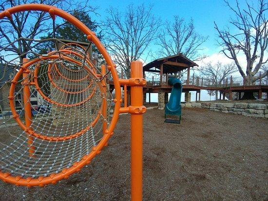 Hollister, MO: Playground