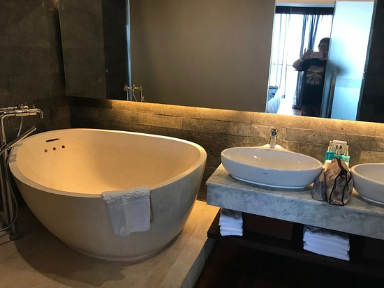 the locationphotodirectlink tub big picture cottages california tripadvisor napa of valley