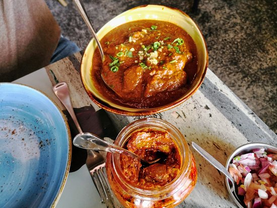 The Indian Joint: Lamb Vindalo with chutney and onion.