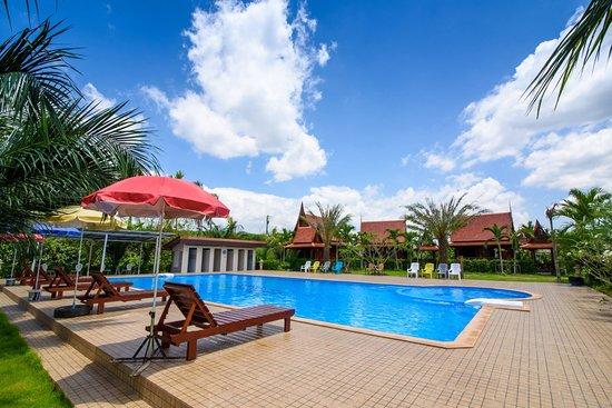 Lamphurai Riverside Resort & Spa