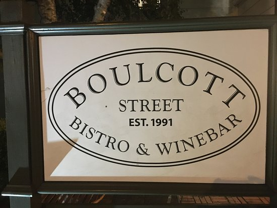 Boulcott Street Bistro: Sign outside of the small restaurant