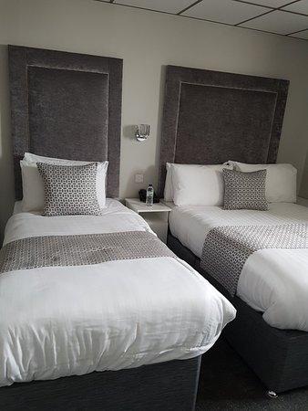 Doric Hotel: 20180304_120828_large.jpg