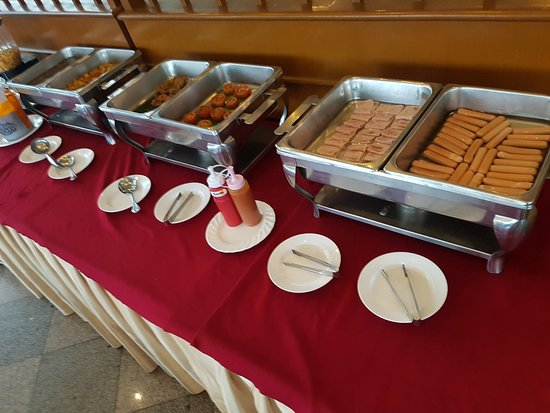 Racha Thewa, Tailandia: Breakfast. This is it.