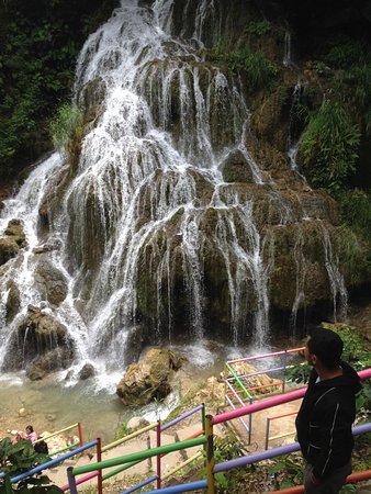 Atambua, Indonesien: Air terjun utama
