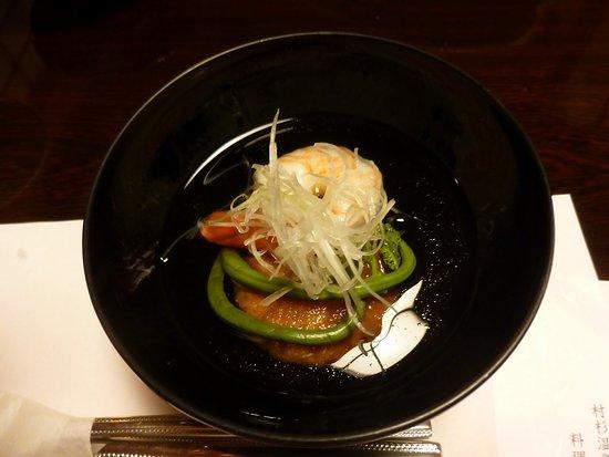 Kansuiro: お椀(海老と、ワラビの下にある蓮根餅が美味しかったです。)