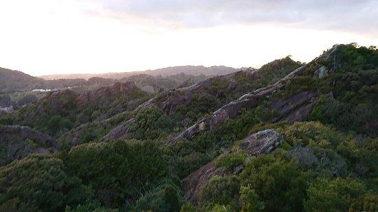Hiki Rocks