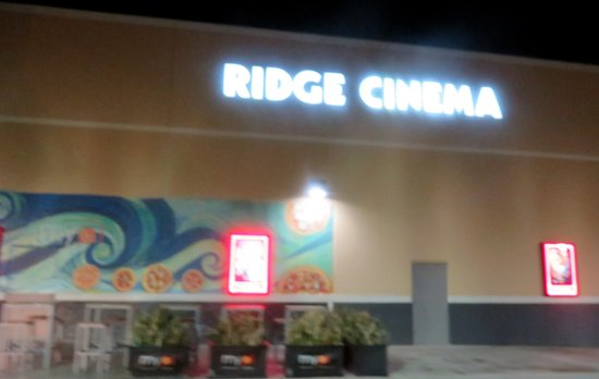 ‪Ridge Cinema 8‬