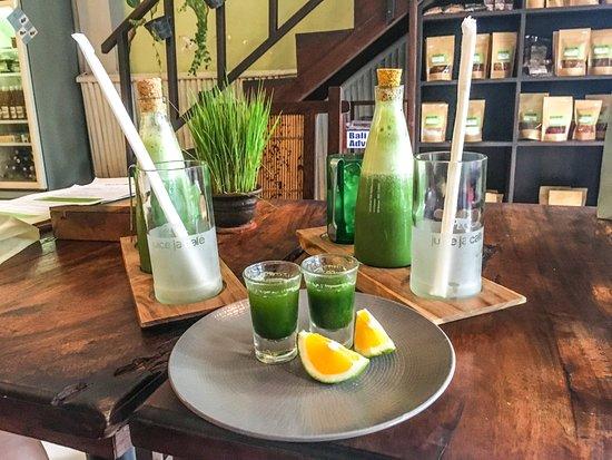 Juice Ja Cafe: Wheat-grass shot and detox green juice! <3