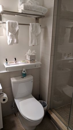 Villa Italia Hotel: Washroom 2