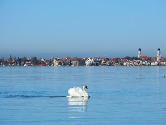 Lochau, Austria: Blick von der Seepromenade auf Lindau