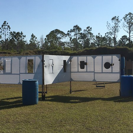 New Smyrna Beach, FL: Steel plates and competition set up