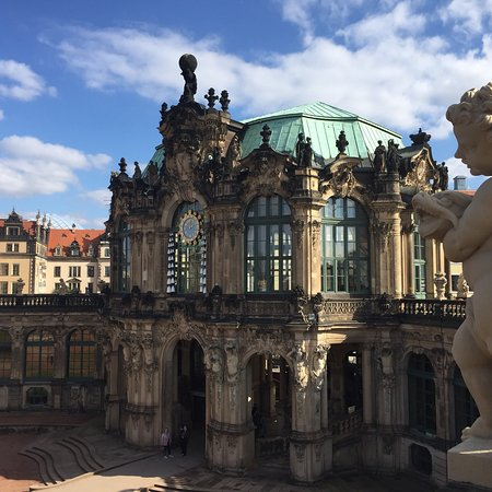Zwinger: photo6.jpg