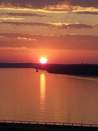 Lake Ozark, MO: Resized_20180315_191331_large.jpg