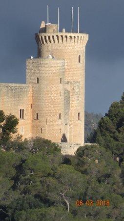 Castell de Bellver (Schloss Bellveder): Замок Бельвер, март 2018 года...