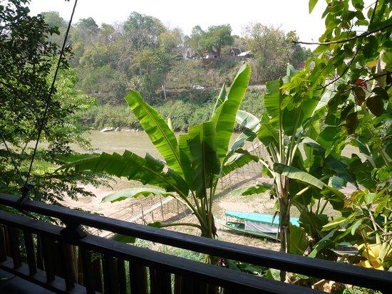 Dyen Sabai Restaurant: Vue depuis la terrasse