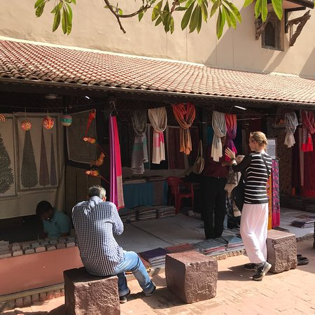 National Handicrafts And Handlooms Museum New Delhi 2019 What To