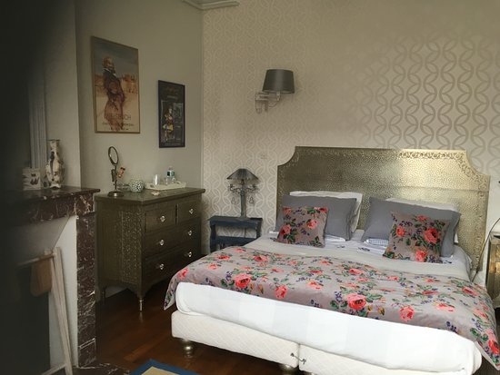 Le Belvedere Bed and Breakfast: Chambre indienne