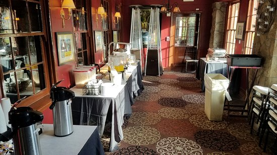 Glen Tavern Inn: Brunch Buffet