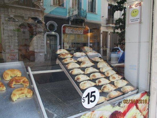 Icaro Suites: Empanadas