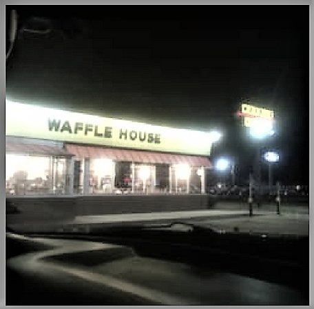 Waffle House at night. Located at 1407 N Hervey St, Hope, AR 71801