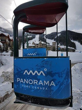 Panorama Springs Lodge : Gondola die das Upper Village mit dem Lower Village verbindet
