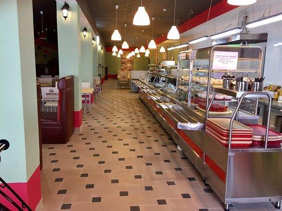Cruise Cafe : getlstd_property_photo